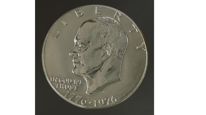 Moneda de 1 dólar con la figura de Dwight D. Eisenhower