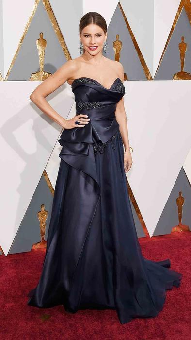 Sofía Vergara en la alfombra roja de los Oscar 2016