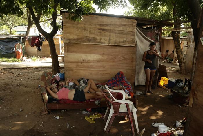 choza en el barrio Republicano de Asunción Paraguay