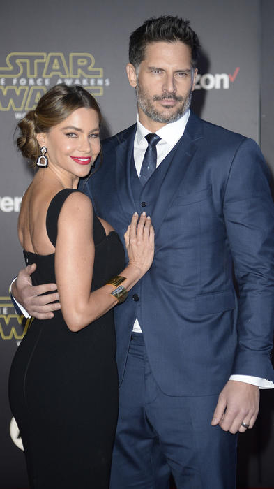 """Actors Manganiello and Vergara arrive at the premiere of """"Star Wars: The Force Awakens"""" in Hollywood"""