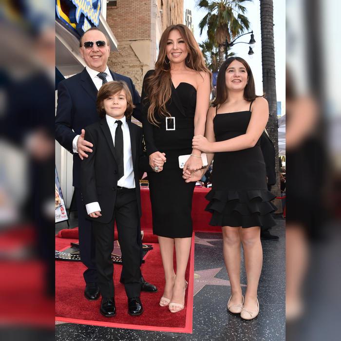 Thalía y su familia