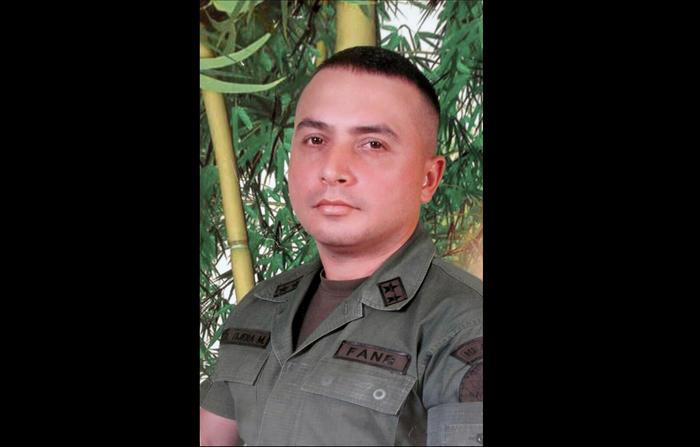 Estados Unidos ha deportado a militares venezolanos desertores en el pasado, como fue el caso de Helegner Tijera, quien luego de unirse a la oposición vino pidiendo asilo y pasó 2 años preso por ICE antes de ser devuelto.