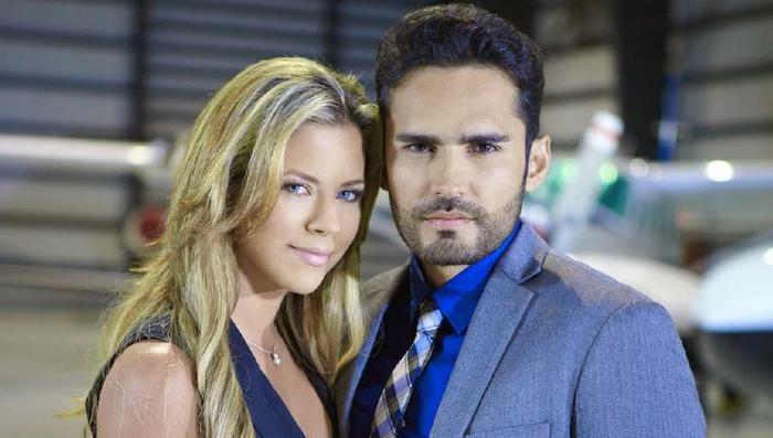 Ximena Duque y Fabian Rios en Corazon Valiente