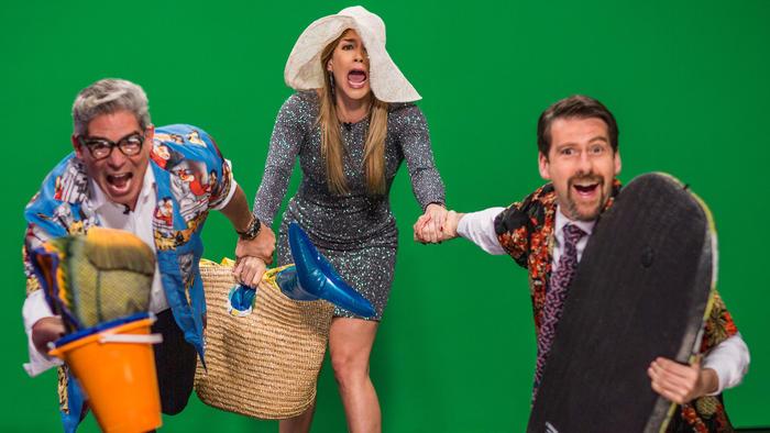 Boris Izaguirre, Erika de la Vega y Eduardo Videgaray en el calendario de Ya Era Hora
