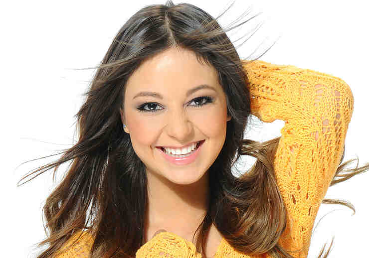 Caeli Santaolalla es la reportera Digital de La Voz Kids