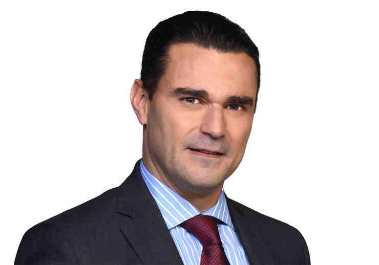 Carlos Torres en La Doña