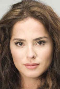 Danna Garcia / Lola Carrero