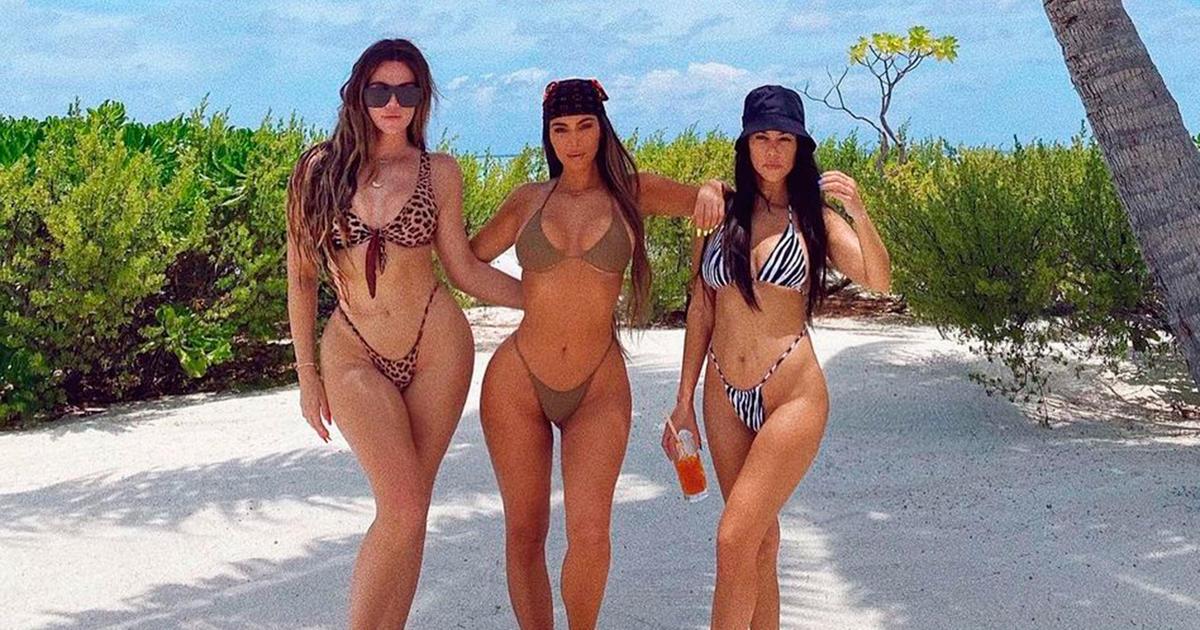 Las Kardashian muestran sus diminutos bikinis en la celebración de Kim
