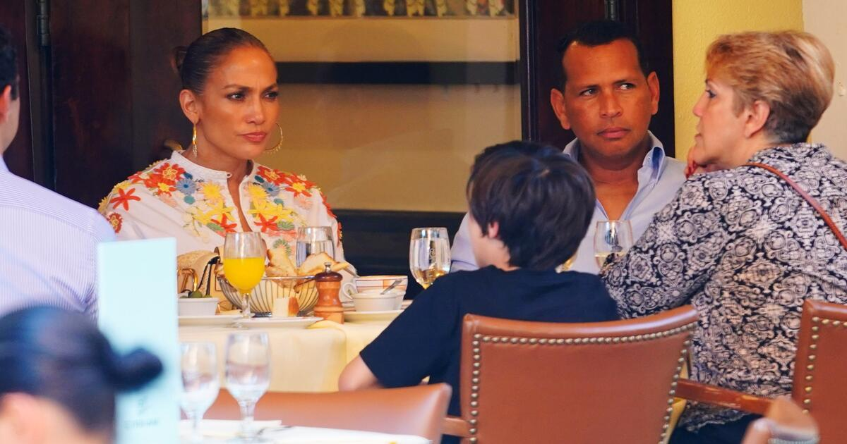 Jennifer Lopez and Alex Rodriguez Call Of Two-Year Engagement
