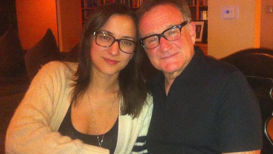 Zelda Williams with her dad Robin Williams