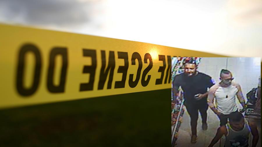Imagen de archivo de una cinta policial. A la derecha, los tres sospechosos del ataque.