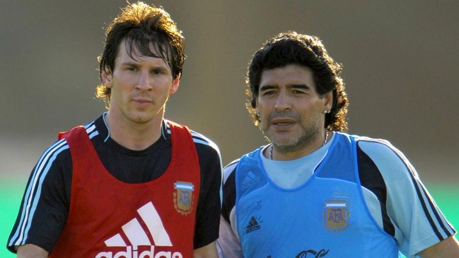 Lionel Messi y Diego Armando Maradona en la Selección de Argentina
