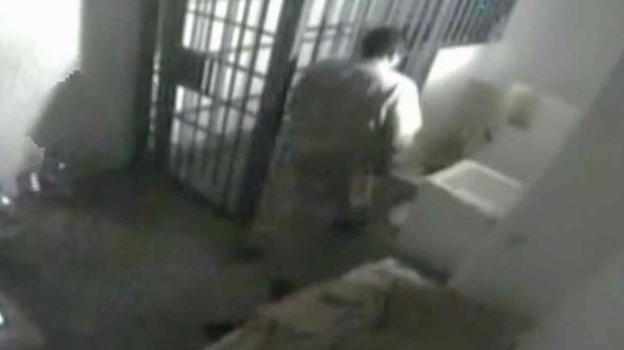 Momento en que 'El Chapo' Guzmán se fuga del penal del Altiplano