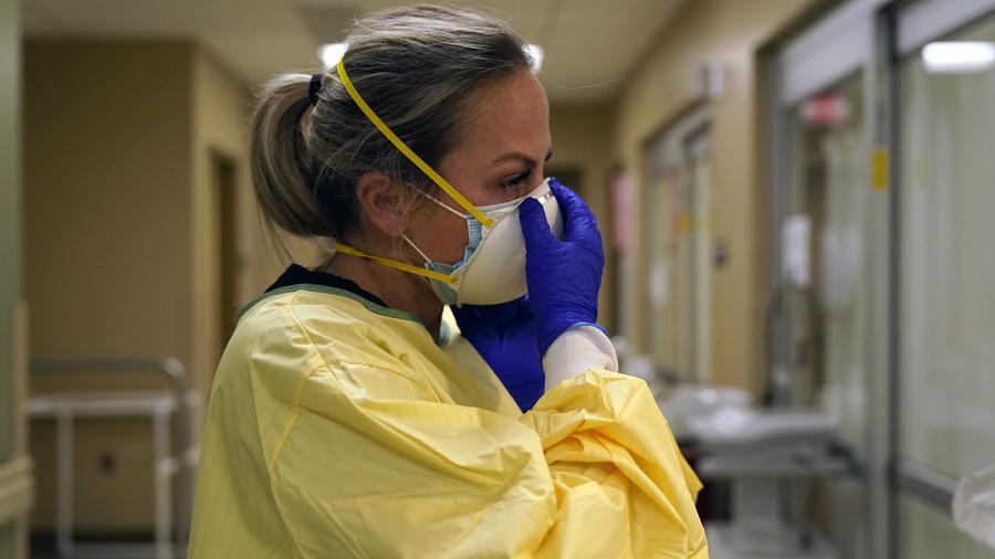 Las enfermeras de salas de emergencia son las más demandadas en este punto de la crisis sanitaria.