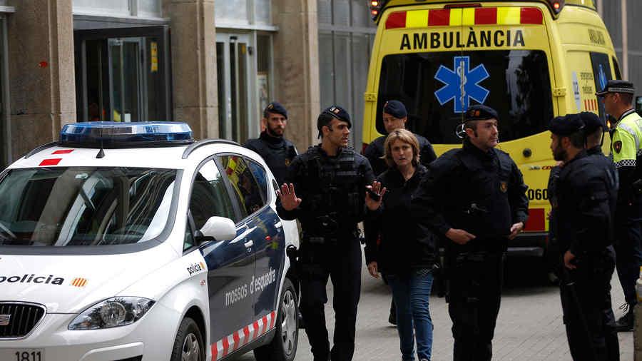 Estudiante español, sospechoso de matar a un maestro en Barcelona (VIDEO)
