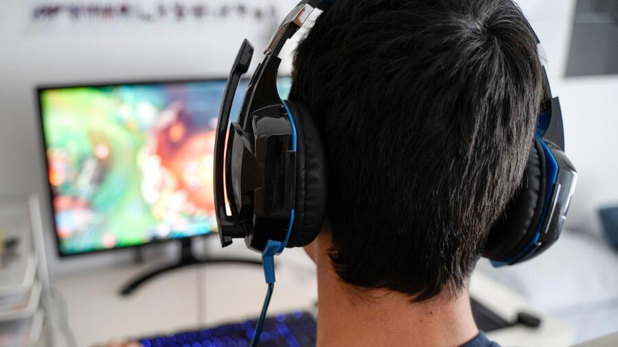 Gamer adolescente