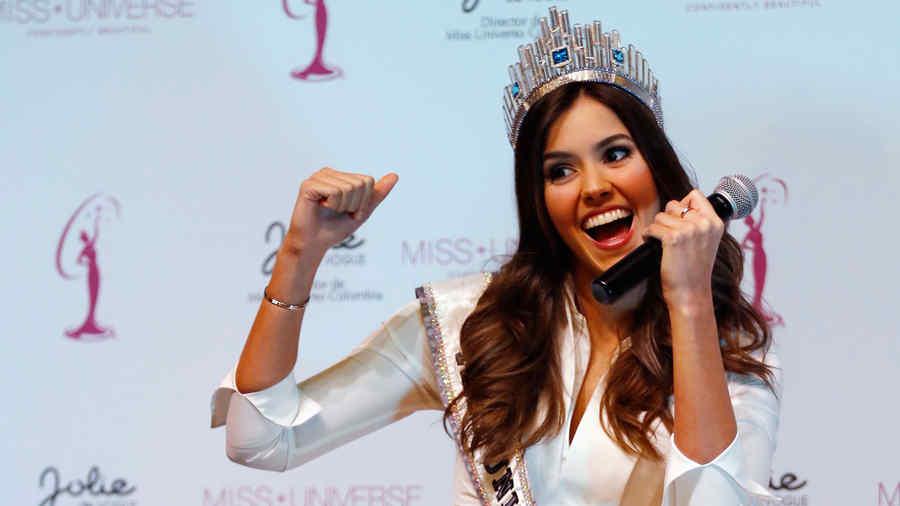 Paulina Vega en la rueda de prensa en Colombia