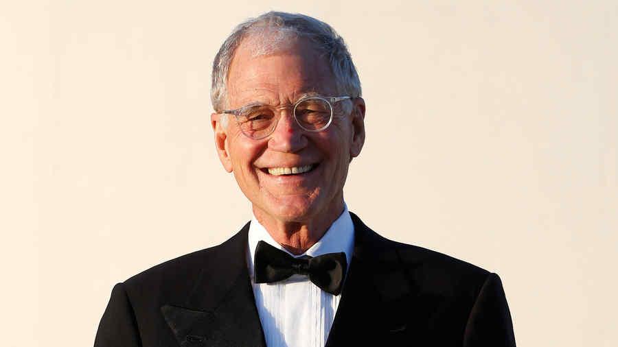 David Letterman en las afueras de la librería John F. Kennedy en Boston