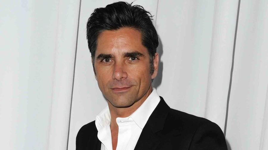 John Stamos en la gala Rebel with a Cause 2014 en Hollywood, California
