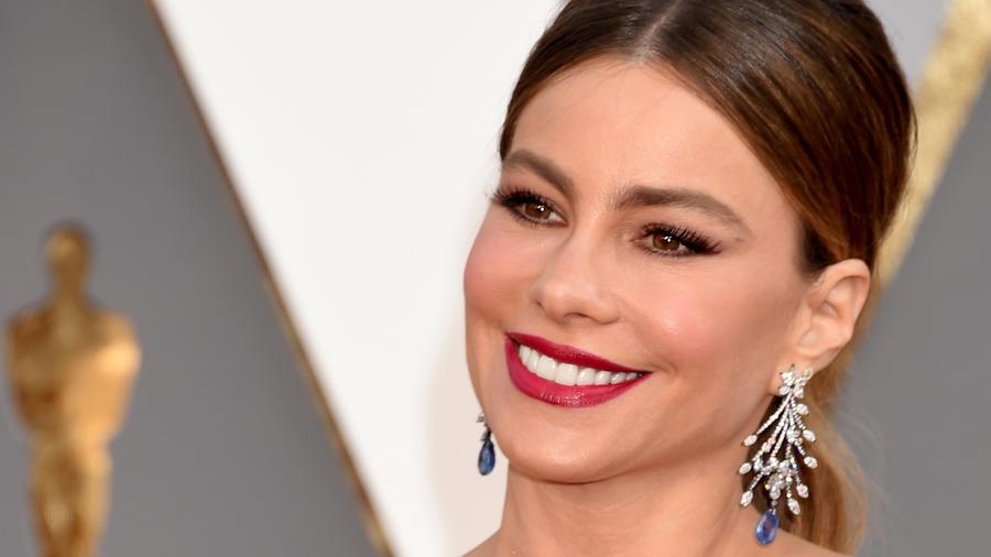 Sofía Vergara en la alfombra de premios Oscars 2016