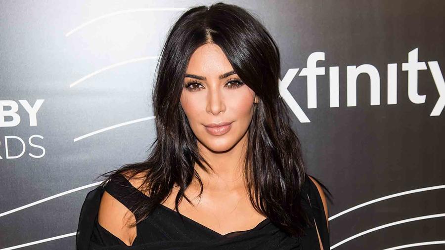 Kim Kardashian en los Webby Awards 2016