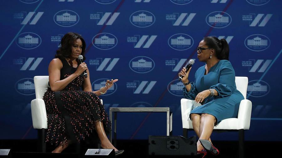 Michelle Obama y Oprah conversaron en el marco del evento 'United State of Women Summit'