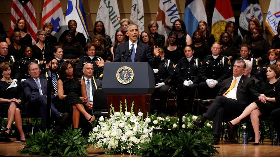 El presidente Obama en el homenaje a los policías de Dallas asesinados, el evento se realizó en Dallas el martes 12 de Julio del 2016