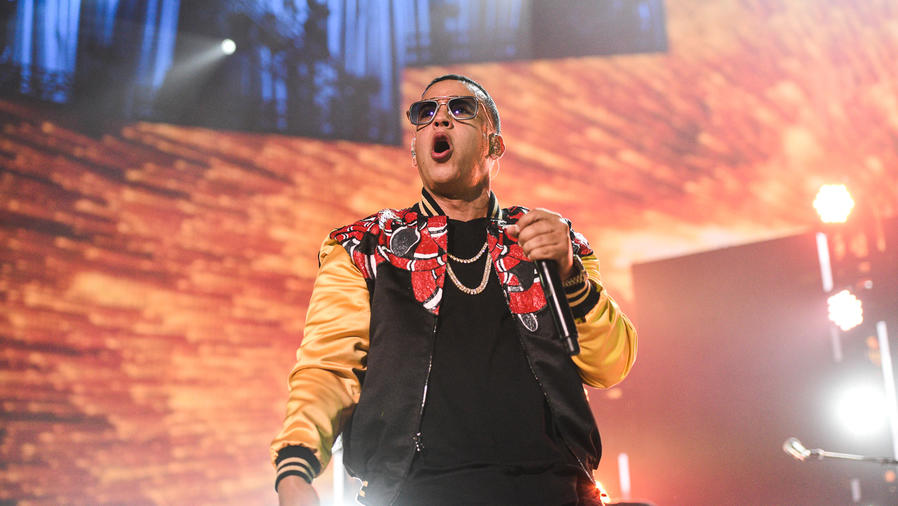 Daddy Yankee en iHeartRadio Fiesta Latina 2016