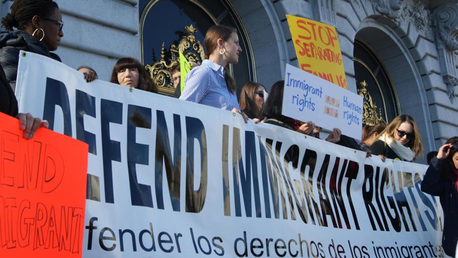Ante los ataques de Donald Trump contra las ciudades santuario, en San Francisco hay movilización social en defensa de los inmigrantes y los indocumentados.