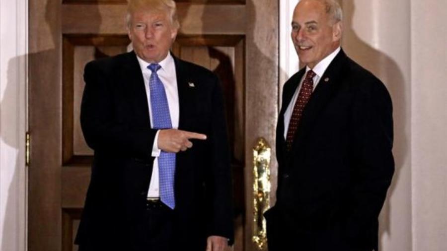 El general retirado John Kelly junto a Donlad Trump