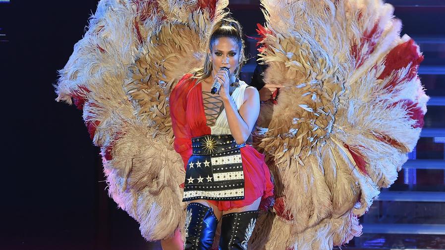 Jennifer Lopez en el concierto Get Out The Vote