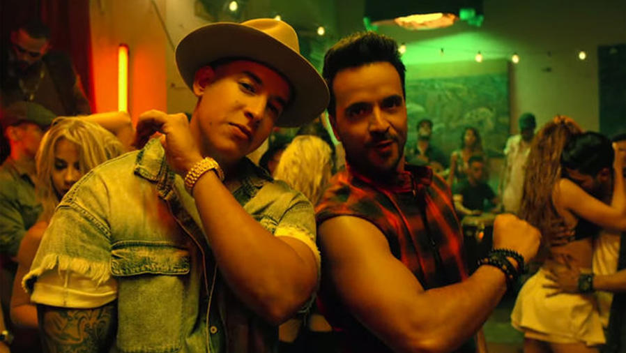 "Luis Fonsi & Daddy Yankee en el video musical ""Despacito"""