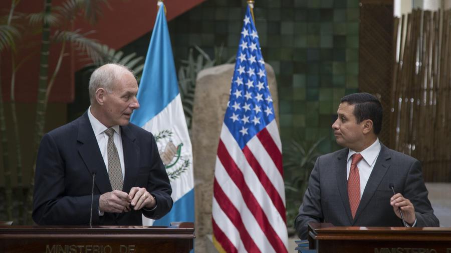 John Kelly y el canciller de Guatemala, Carlos Morales