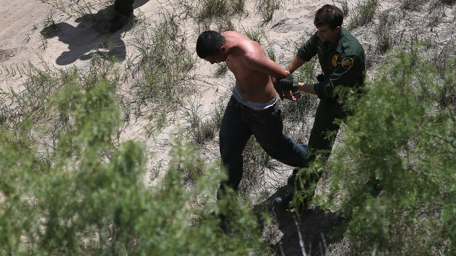 U.S. Agents Patrol Mexico Texas Border