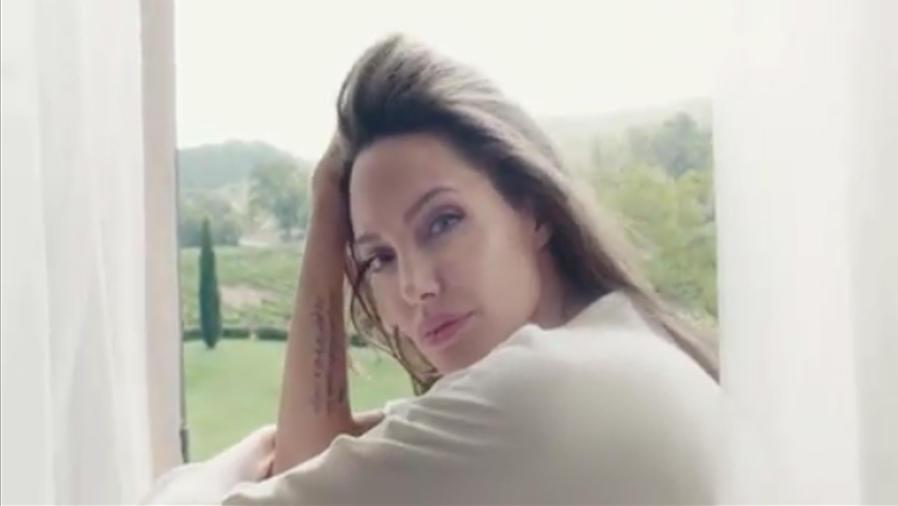 Angelina Jolie es la nueva imagen de Guerlain