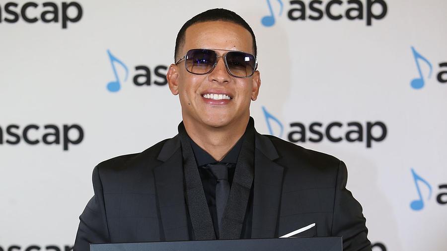 Daddy Yankee en la alfombra de ASCAP Latin Music Awards