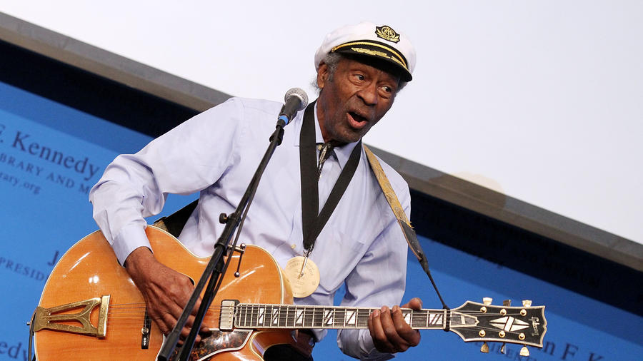Chuck Berry en 2012 Awards for Lyrics of Literary Excellence at The John F. Kennedy Presidential Library And Museum