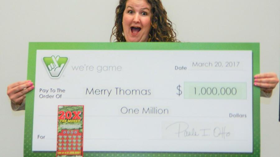 Le enseñaba a su amiga a jugar la lotería y ganó