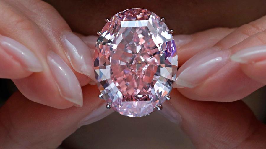 Diamante rosa alcanza récord de recaudación