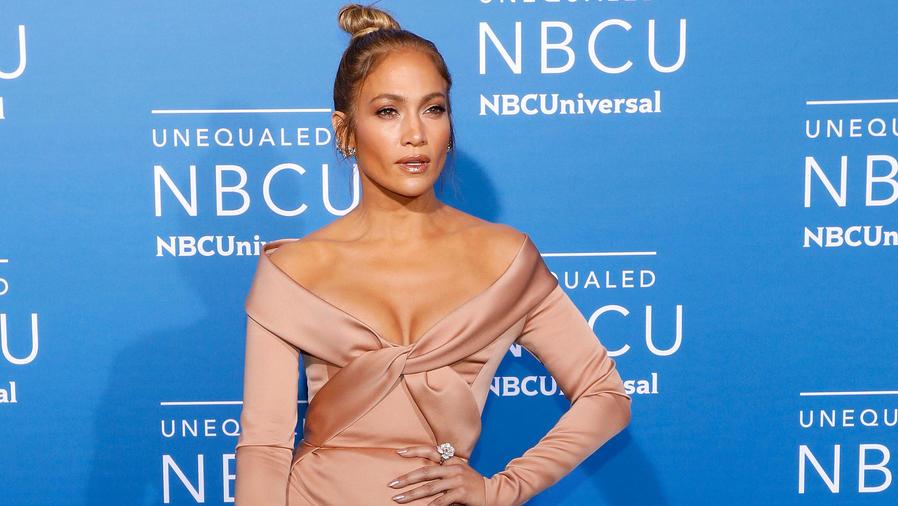 Jennifer Lopez en el Upfront de NBC Universal