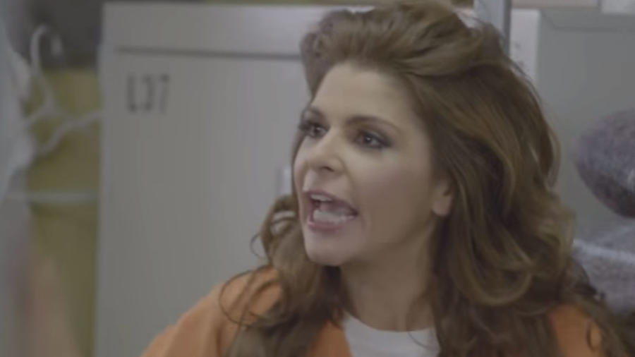 Soraya Montenegro en promo de Orange is the New Black