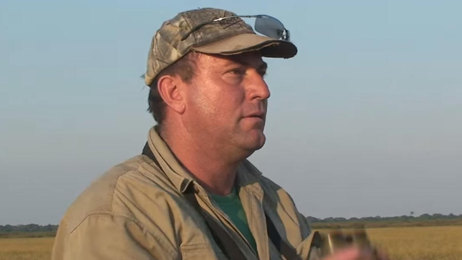 Un cazador fue asesinado por un elefante.
