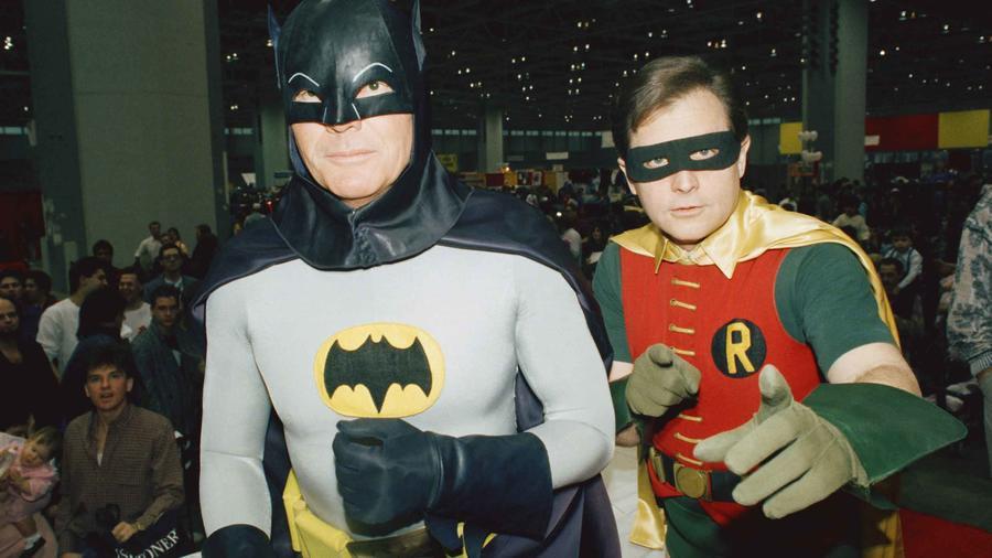 El primer Batman de la televisión, Adam West