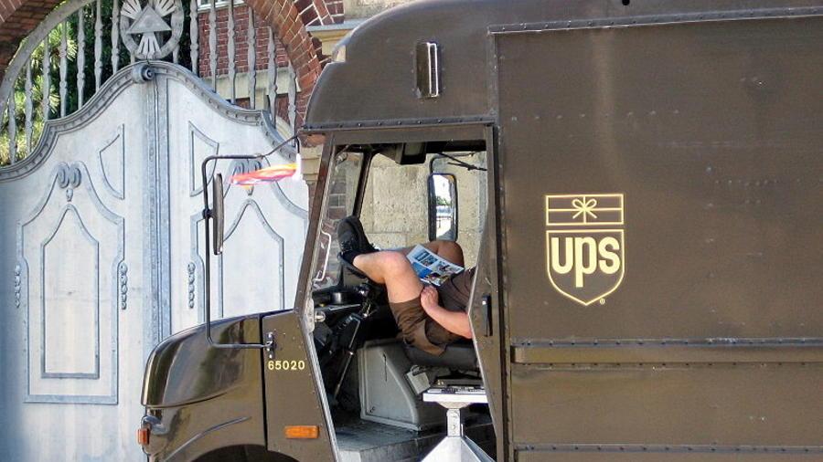 repartidor UPS