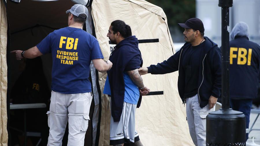 Operación del FBI contra la banda MS-13 en Los Ángeles en mayo.