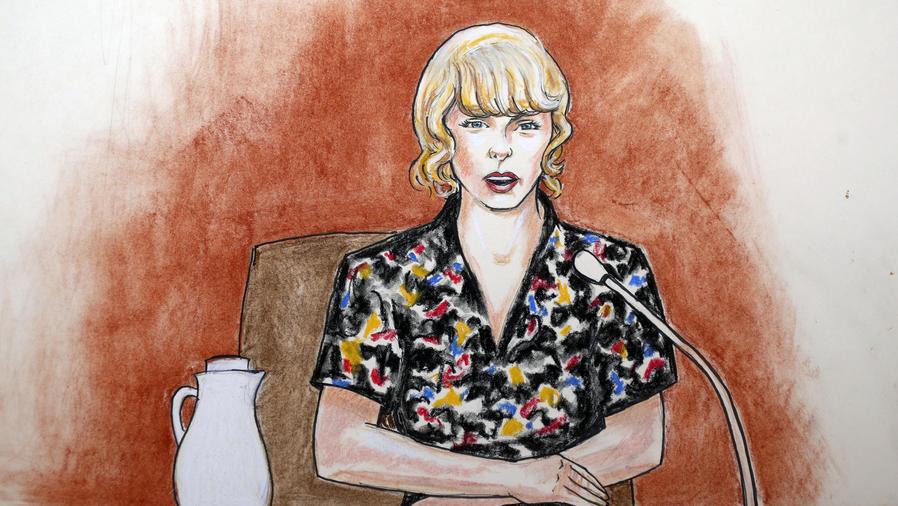 Taylor Swift en la corte en Denver