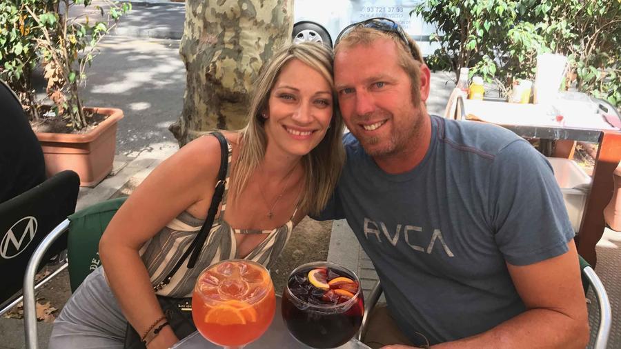 Jared Tucker junto a su esposa Heidi, poco antes del atentado en Barcelona