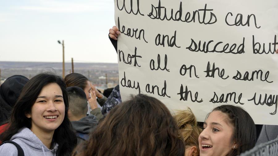 Protesta de estudiantes latinos en Nuevo México en 2015.