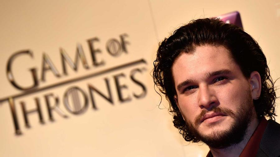 El actor Kit Harrington llega a la premier de game of Thrones en Londres en marzo del 2015