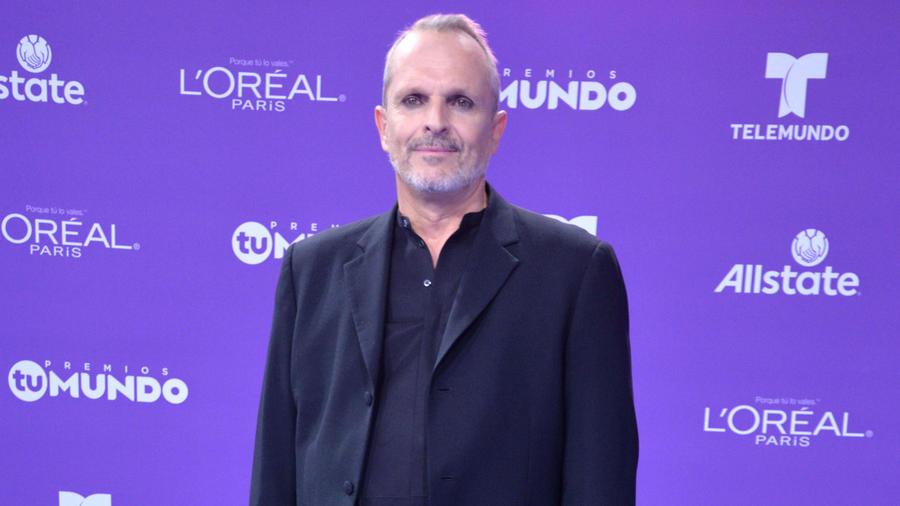 Miguel Bosé en Premios Tu Mundo 2017